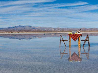 Luxe et insolite : dîner sur le Salar d'Uyuni