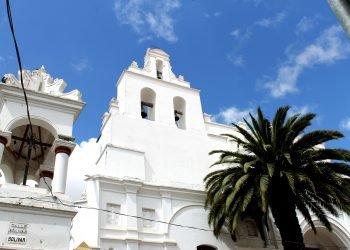 Sucre, ville coloniale, surnomée la ville blanche.